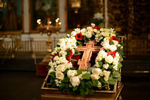 4 апреля (воскресенье)-  Неделя 3-я Великого поста, Крестопоклонная.