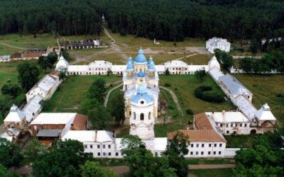 25 июня в Коневском Рождество-Богородичном мужском монастыре состоятся торжества по случаю празднования дня памяти преподобного Арсения Коневского.